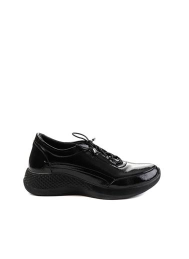 Bambi Rugan Kadın Sneaker K01724103098 Siyah